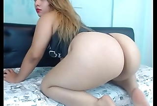 The best ass is Latina girl on cam