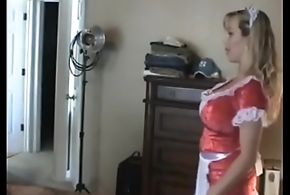 Hot Maid Gives Handjob- http://hornycam.stream/