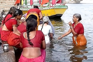 Indian old aunties bathing gonga openly. BIG ASS &amp_ BOOBS!!!