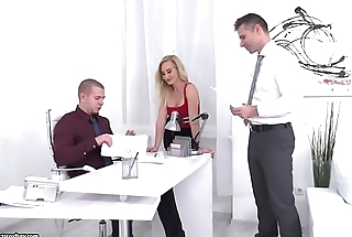 Helena Valentine enjoys double penetration
