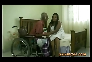 xxxmaal.com -Thisaravige Rathriya Hot scene with Old man