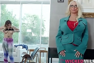 Busty Daughter Shares Cock With Dirty Stepmom Alura Jenson