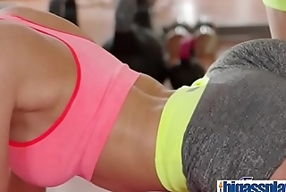 Fit Asian babe and blonde gym milf(Davon Kim &amp_ Lena Love) 01 vid-09