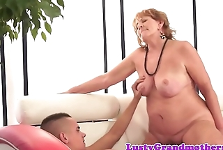 Roundass mature drilled by boyfriends cock